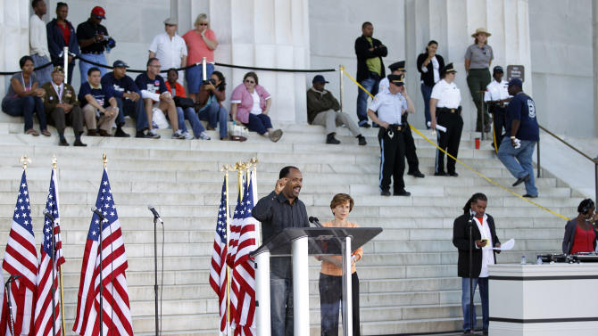 "Rev. Freddie Haynes of the Friendship-West Baptist Church in Dallas, left, and American Federation of Teachers President Randi Weingarten, right, address the ""One Nation Working Together"" rally at the Lincoln Memorial to promote job creation, diversity and tolerance, Saturday, Oct. 2, 2010, in Washington. (AP Photo/J. Scott Applewhite)"