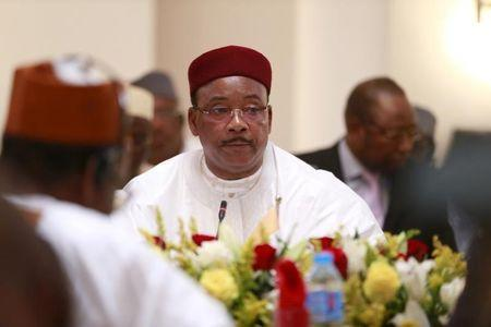 Niger's President Issoufou attends Summit of Heads of State and Governments of Lake Chad Basin Commission in Abuja