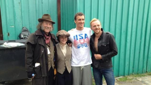 Patrick Stewart, Maisie Williams, Ryan Lochte, Simon Pegg pose on the set of a Funny Or Die video (Photo courtesy Ryan Lochte/Twitter) -- Ryan Lochte/Twitter