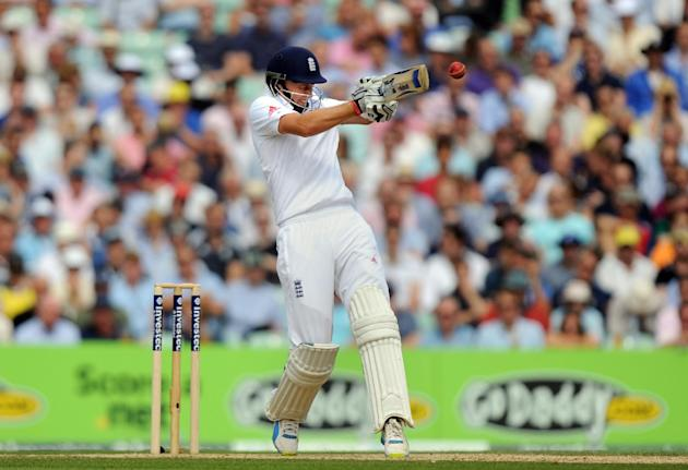 Cricket - Fifth Investec Ashes Test - Day Three - England v Australia - The Kia Oval