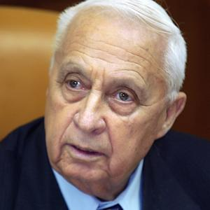"""FILE - In this Jan. 24, 2005 file photo, Israeli Prime Minister Ariel Sharon appears at the start of a meeting at his office, in Jerusalem. Seven years after a massive stroke removed him from office and left him in a vegetative state, comatose former Israeli Prime Minister Ariel Sharon is able to process information and has exhibited """"robust activity"""" in his brain, one of the half-dozen doctors who recently tested him said Monday. (AP Photo/Brennan Linsley, File)"""