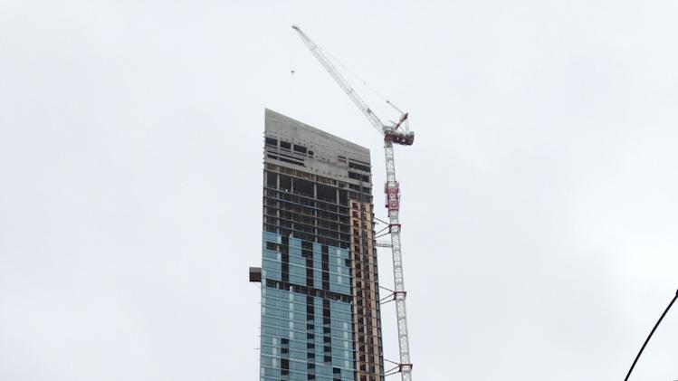 The L Tower crane from Lakeshore Blvd.