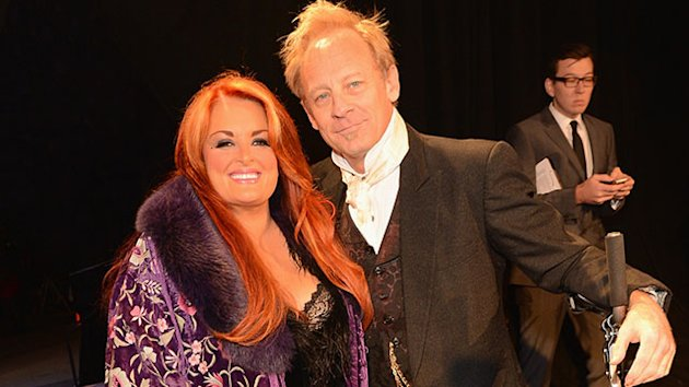 Wynonna Judd Describes Watching Husband Nearly Die