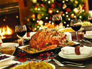 Holiday Wine Traditions and Recipes