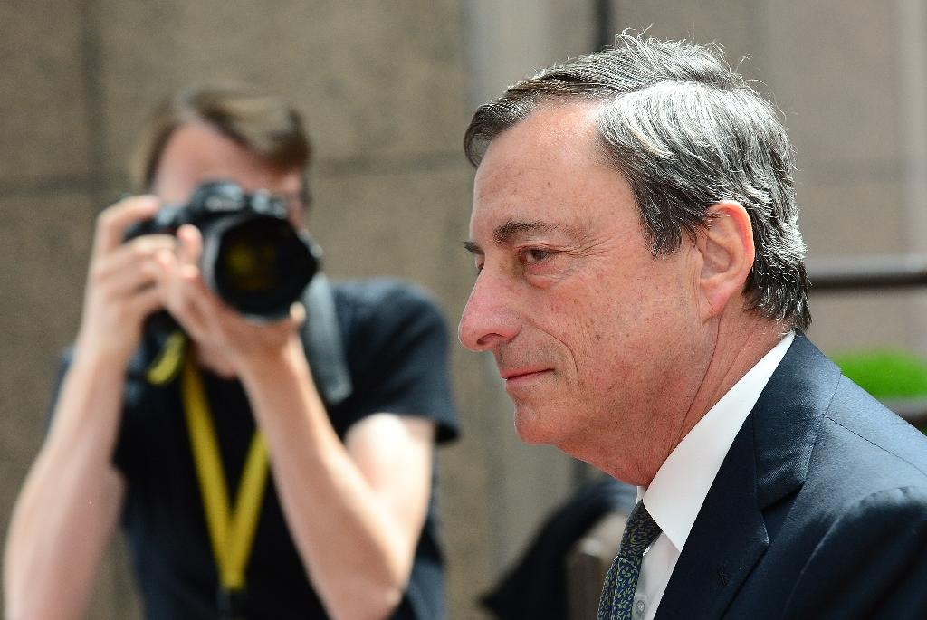 ECB's Draghi lobs ball back to governments on reforms