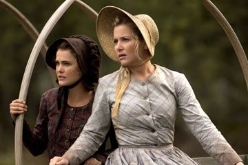 Keri Russell and Jessica Capshaw