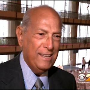 Celebs, Fashion World Mourn Death Of Legendary Designer Oscar De La Renta
