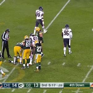 Packers Aaron Rodgers in pain after sack