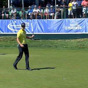 Zach Johnson birdies No. 17 at Deutsche Bank