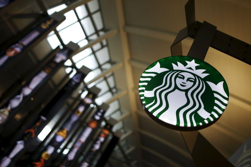 Dutch government to appeal EU ruling on Starbucks tax deal