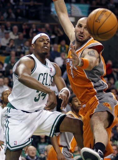 Gortat scores 24 to lead Suns past Celts 79-71