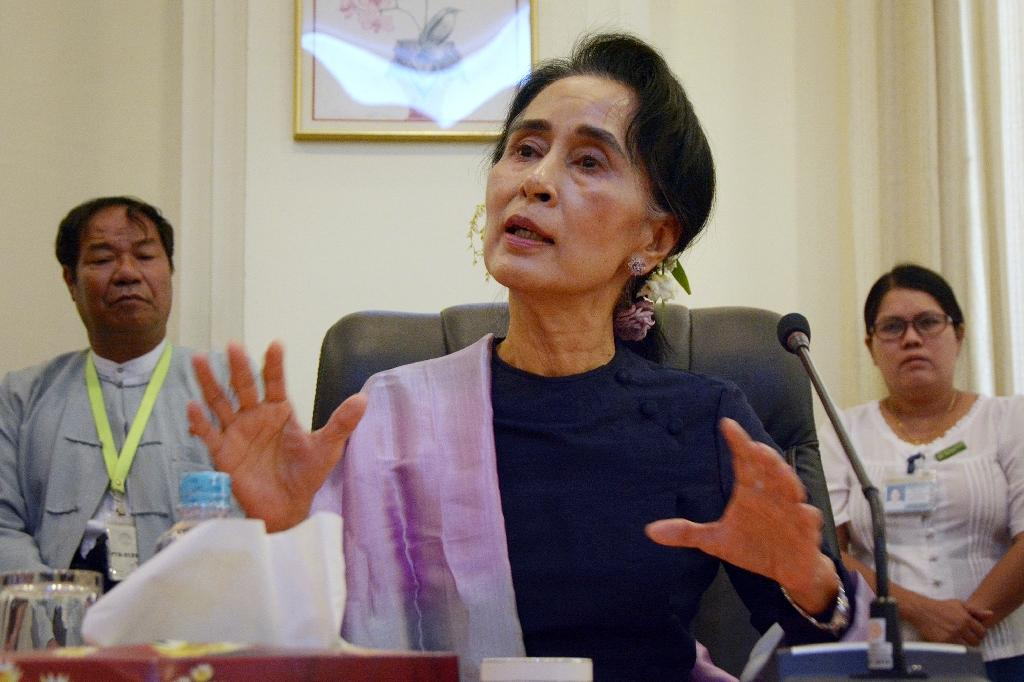 Myanmar's Suu Kyi gets extra security after death threat