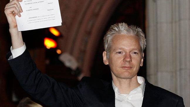"Julian Assange: UN Panel Calls on U.K. and Sweden to End WikiLeaks Founder's ""Deprivation of Liberty"""