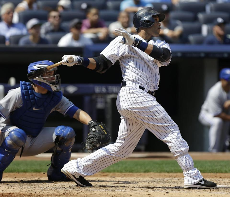 Yankees rally for sweep of DH over the Blue Jays