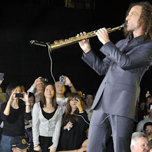 Kenny G Is In Big Trouble In Regular China