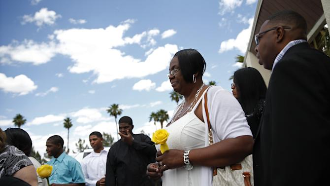 Patty King leaves a memorial service for her father B.B. King Saturday, May 23, 2015, in Las Vegas. Friends and family members gathered Saturday at a funeral home in Las Vegas to remember the Blues legend. (AP Photo/John Locher)