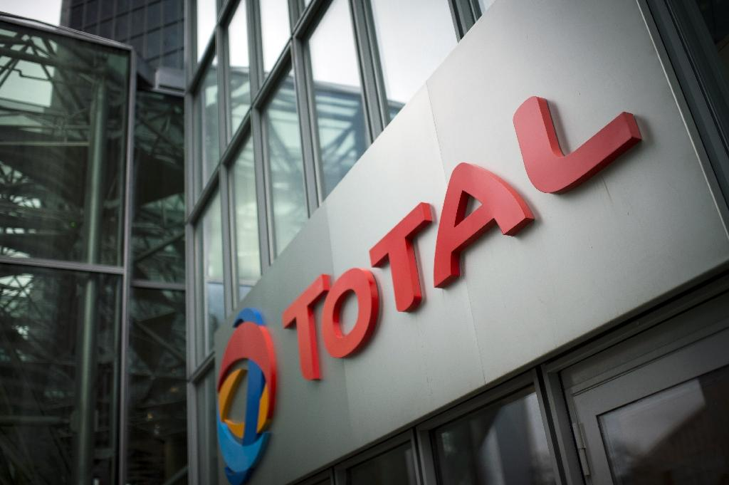 Total sells filling stations in Turkey for 325 mn euros