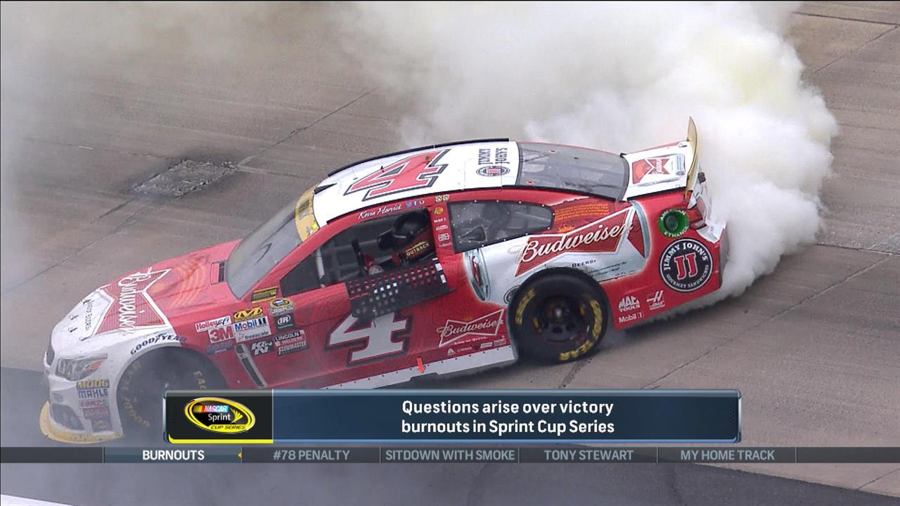 Harvick deserved to celebrate with big burnout at Dover