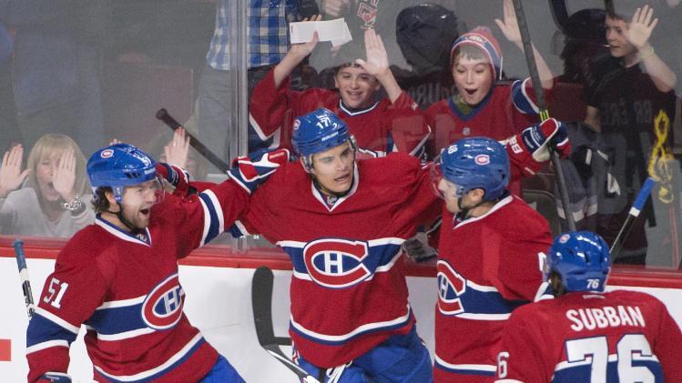 Plekanec scores 2 goals, Canadiens top Jackets