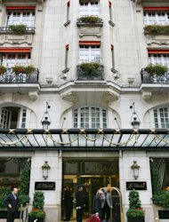 The entrance of the luxury hotel Le Bristol