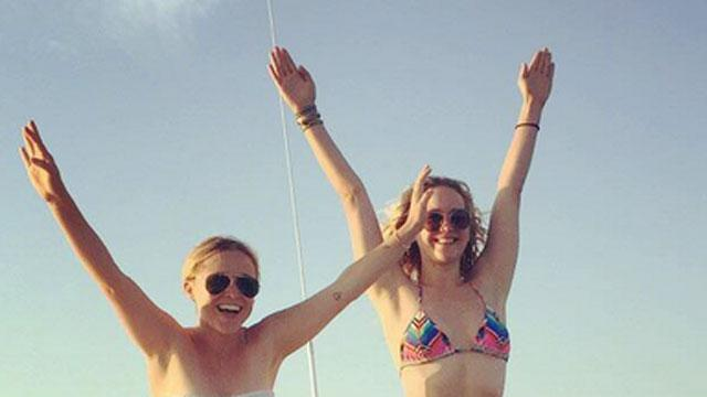 Jennifer Lawrence's Amazing Bikini Body Tops Amy Schumer's Human Pyramid!