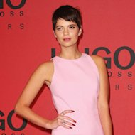Pixie Geldof scrubs up well, right? While we're fans of her signature 90s grunge look, we LOVED her in this pastel pink Hugo Boss dress and Stella McCartney holographic heels - and check out those vampy nails too!