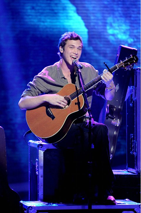 Phillip Phillips (5/16/12 …