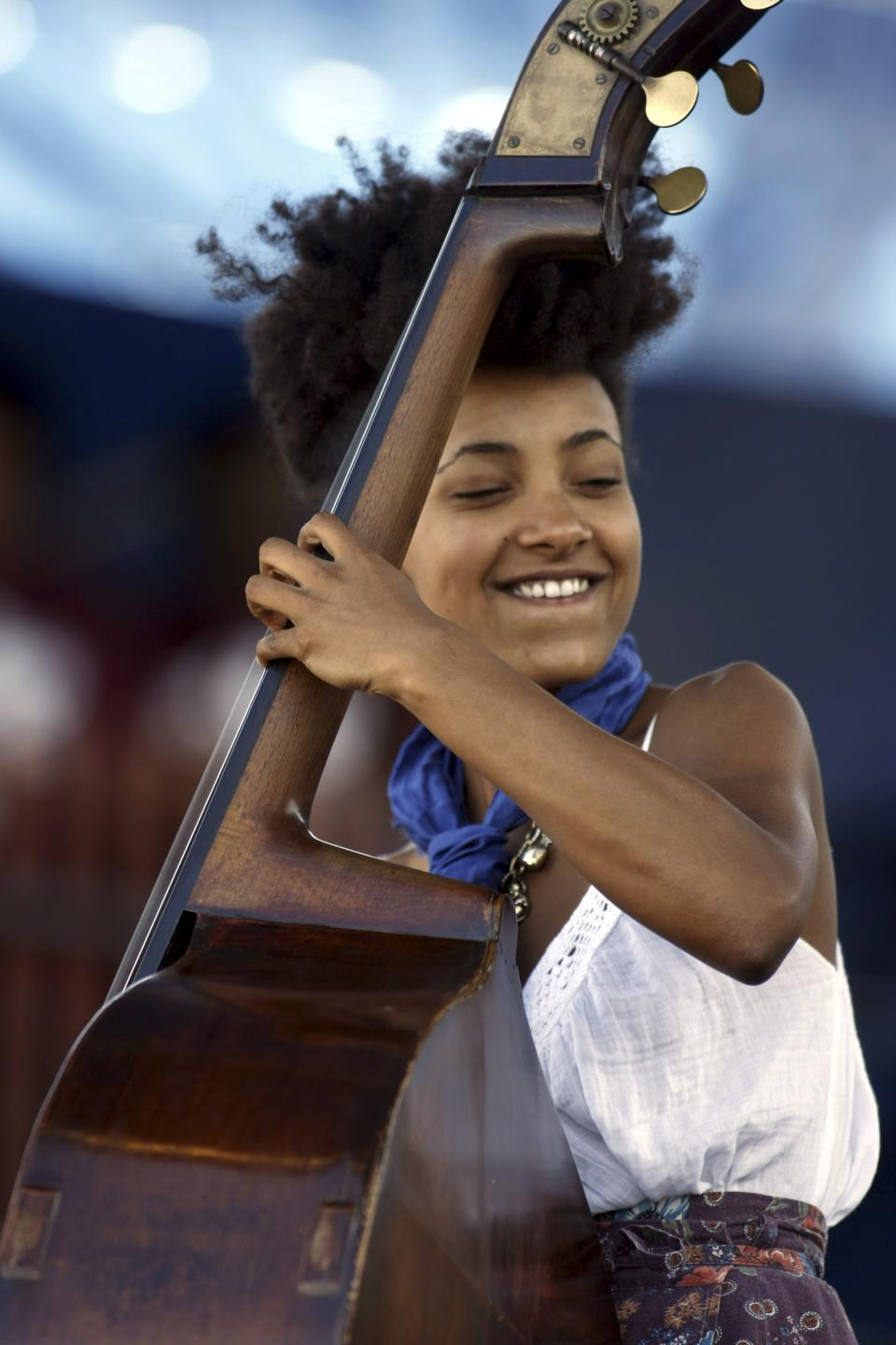 File - In this Aug. 8, 2009 file photo, Esperanza Spalding performs at George Wein's Carefusion Jazz Festival 55 in Newport, R.I. Spalding is among the featured artists returning to the festival on Sunday, Aug. 7, 2011. (AP Photo/Joe Giblin, File)
