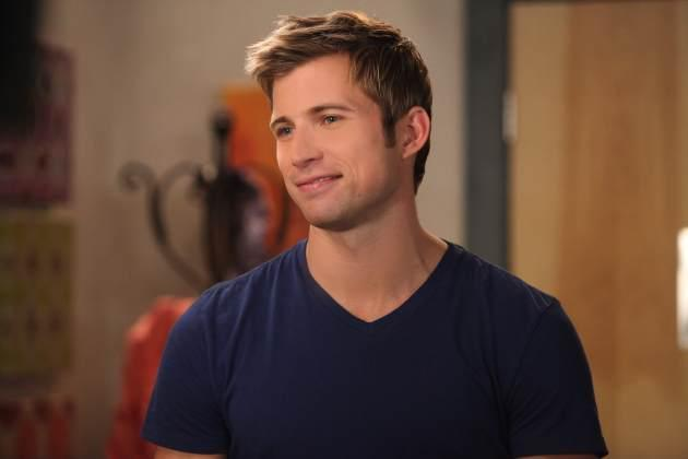 Justin Deeley in the Season 5 premiere of 'Drop Dead Diva' -- Lifetime