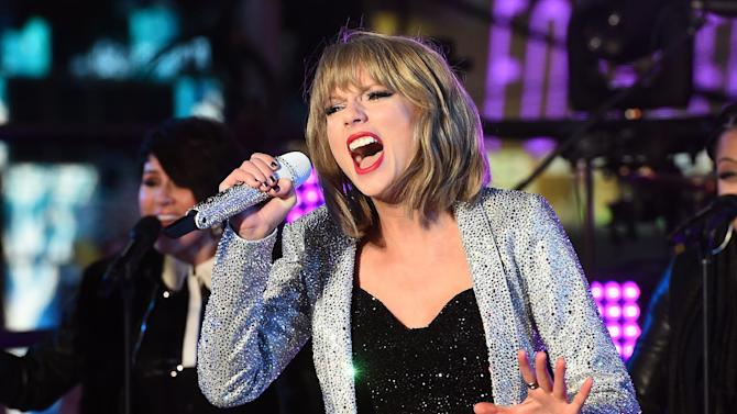 US singer Taylor Swift performs during New Year's Eve celebrations at the Times Square in New York on December 31, 2014