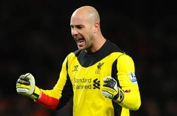 Rodgers: Reina must accept Mignolet rivalry