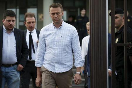 Kremlin critic Navalny files lawsuit against Putin