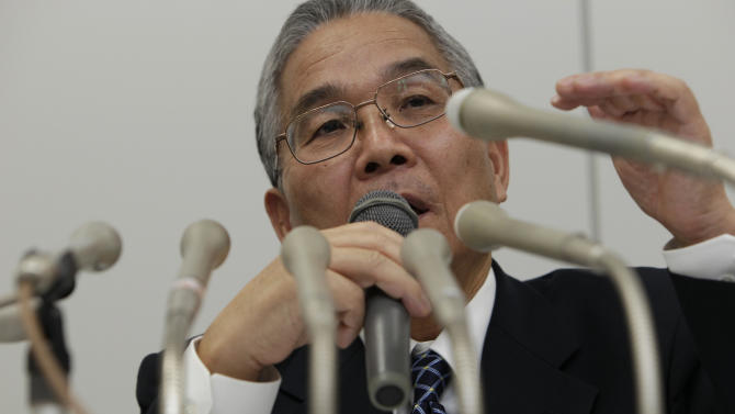 Japanese computer chipmaker Elpida Memory, Inc. President Yukio Sakamoto speaks during a press conference in Tokyo Monday, Feb. 27, 2012. Elpida filed for bankruptcy Monday after amassing debts from nose-diving prices, longtime competition from Samsung and the flooding in Thailand last year that stagnated demand. (AP Photo/Shizuo Kambayashi)
