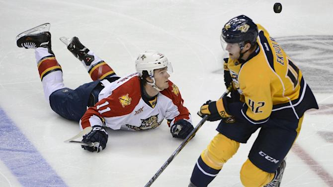 Predators hold off Panthers for 4-3 win