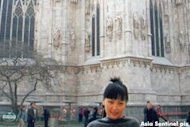 Photos show that Altantuya was in France