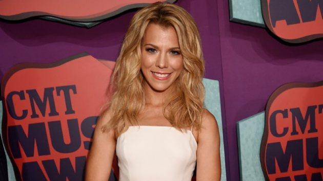 Kimberly Perry attends the 2014 CMT Music awards at the Bridgestone Arena on June 4, 2014 in Nashville -- FilmMagic