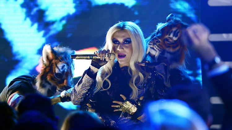 "IMAGE DISTRIBUTED FOR MTV - Ke$ha performs during ""MTV's Club NYE 2013"" at the MTV Times Square Studios on Monday, Dec. 31, 2012 in New York.(Photo by Scott Gries/Invision for MTV/AP Images)"