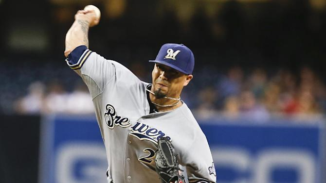 Lohse's strong outing lifts Brewers to 10-1 win