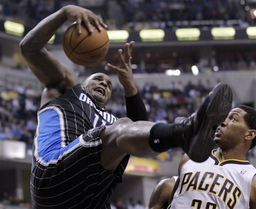 Pacers defeat Magic 93-78, even series 1-1