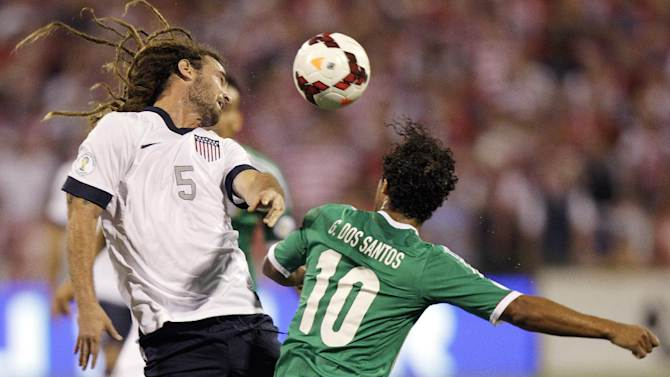 US on verge of World Cup with 2-0 win over Mexico