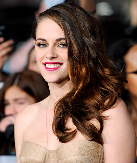 "Kristen Stewart: I'm ""Desperate"" for a Job"