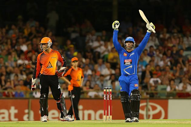 Big Bash League - Scorchers v Strikers