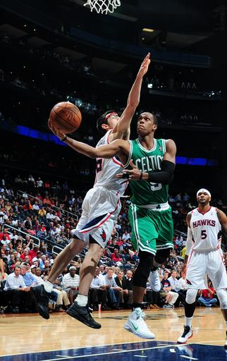 Allen, Celtics hold off Hawks 79-76