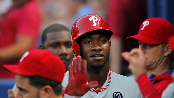 Howard, Kendrick lead Phillies past Braves 5-2