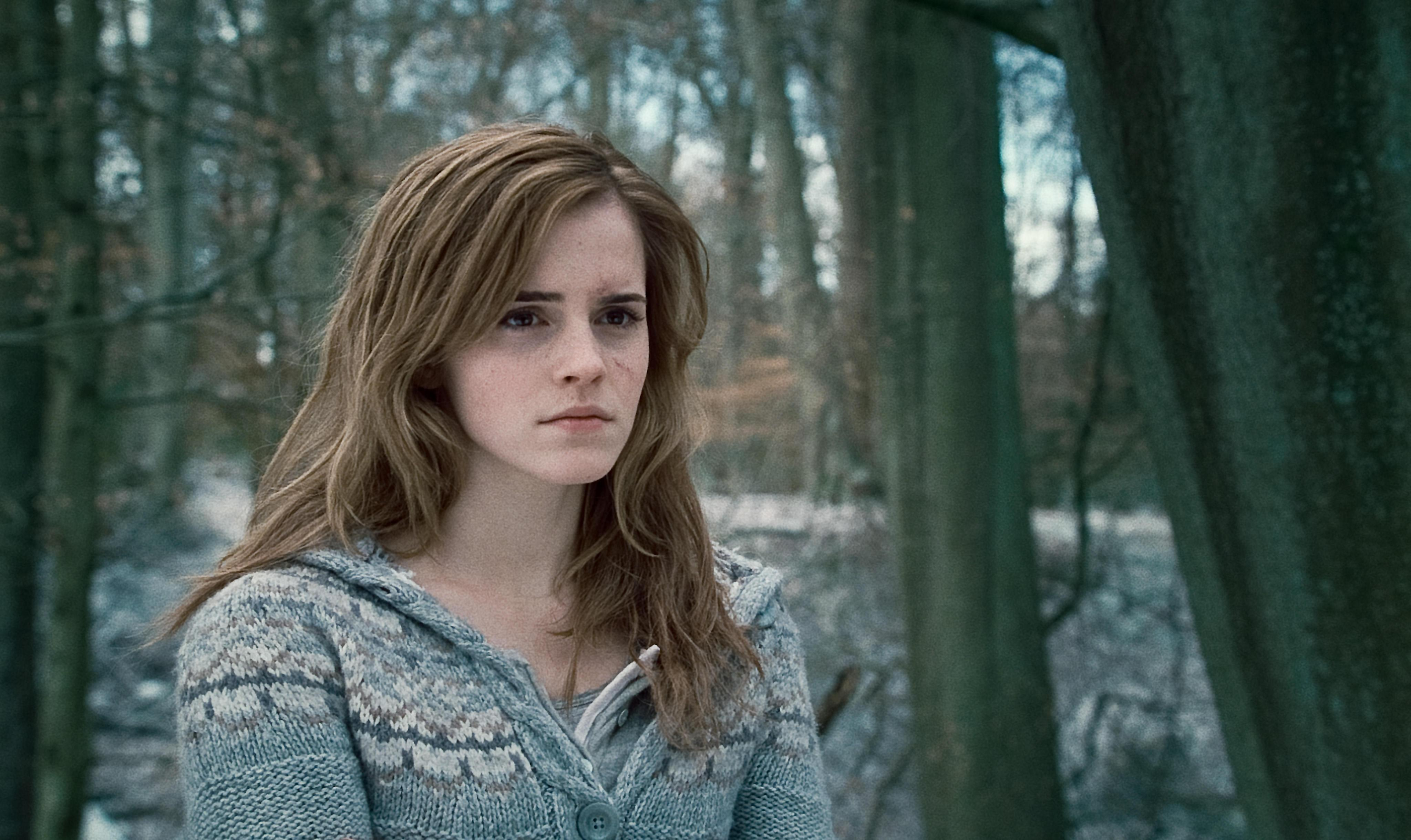 Emma Watson to play bookish Belle in live-action 'Beauty and the Beast'