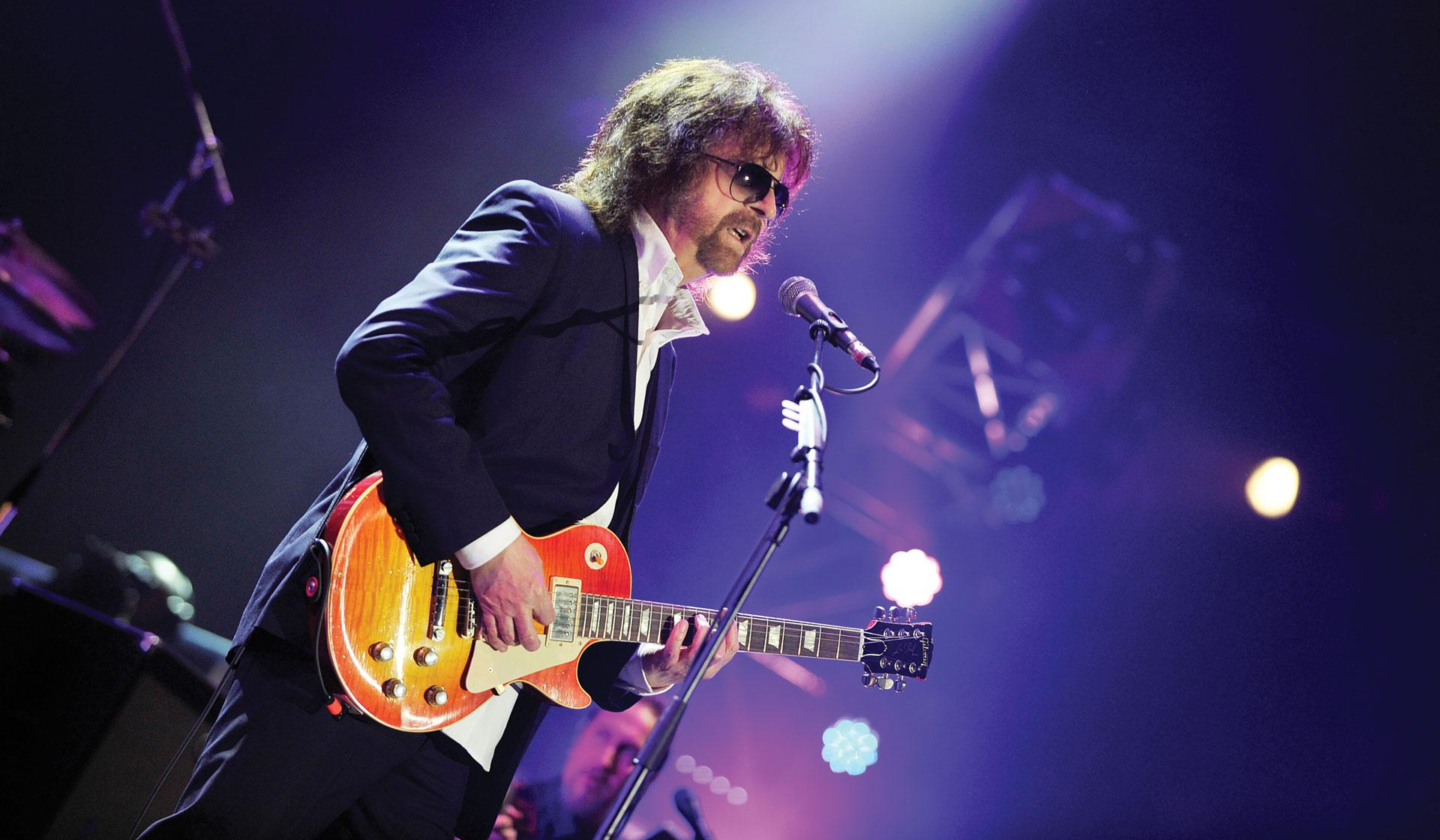 Rock Star Jeff Lynne Steps Into the Spotlight