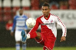Sources: Agudelo has work permit appeal rejected again