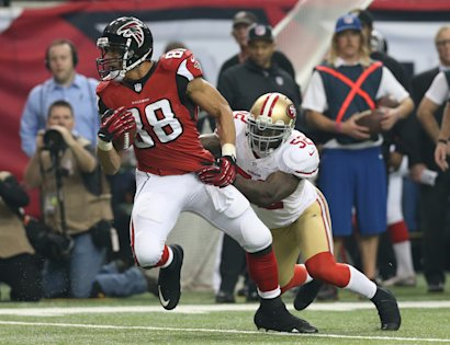 Tony Gonzalez helped the Falcons go 13-3 and make the NFC title game last season.