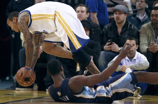 Grizzles rally from 20 down to beat Warriors 91-90