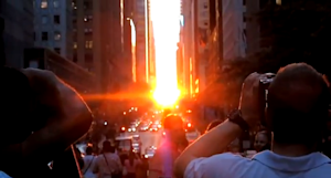 New Yorkers Crack a Smile at 'Manhattanhenge'